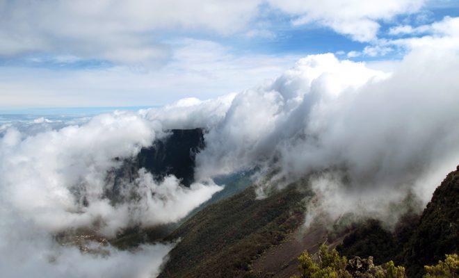 El Hierro - nubes - frontera