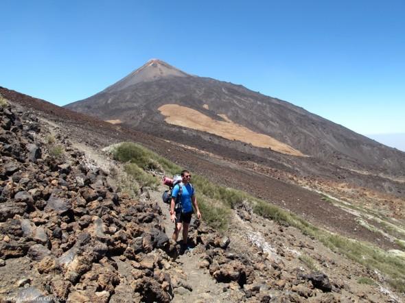 próximos al cráter de Pico Viejo - Teide en el horizonte