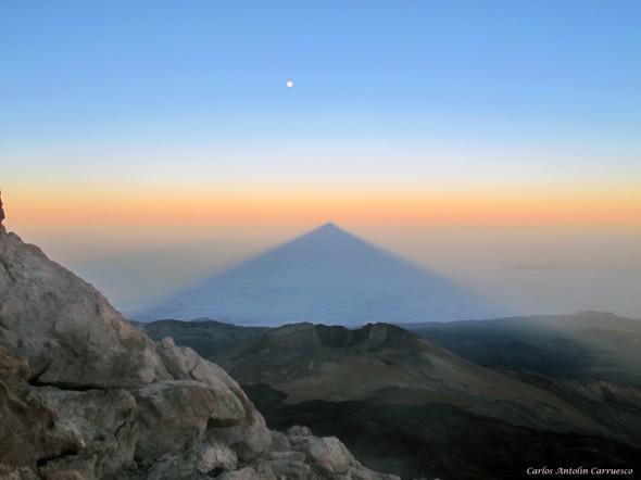 Proyección y Sombra del Teide - Teide 3.718 metros - Tenerife
