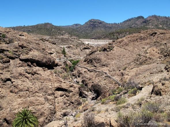 presa y canales de la Cueva de Las Niñas - Gran Canaria