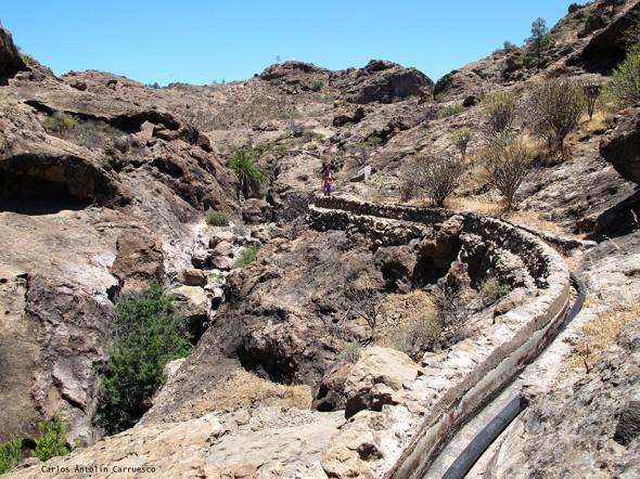 canales de Cueva de Las Niñas - Gran Canaria