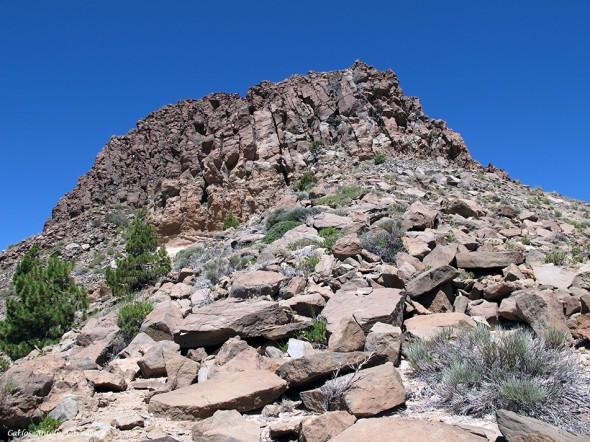 Roque de Los Almendros - Parque Nacional del Teide<br /> Tenerife