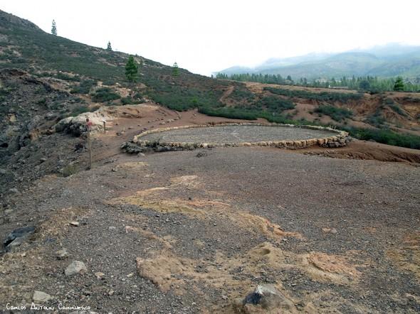 Adeje - Camino de Suarez - Tenerife - era y base del roque imoque