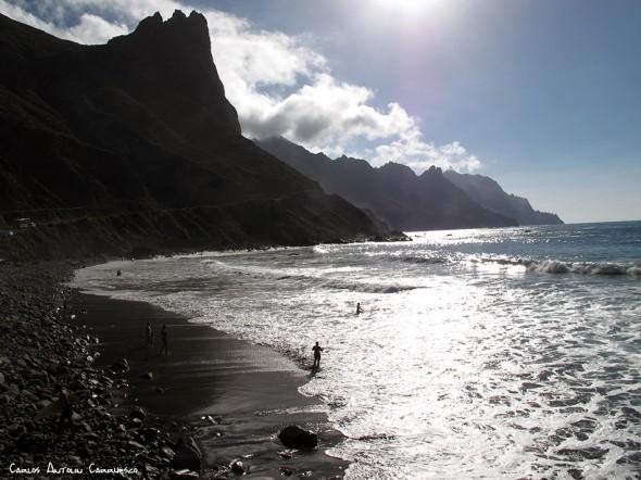 Roque de las Bodegas - Anaga - Tenerife<br/>Roque de las Ánimas destacando en el horizonte