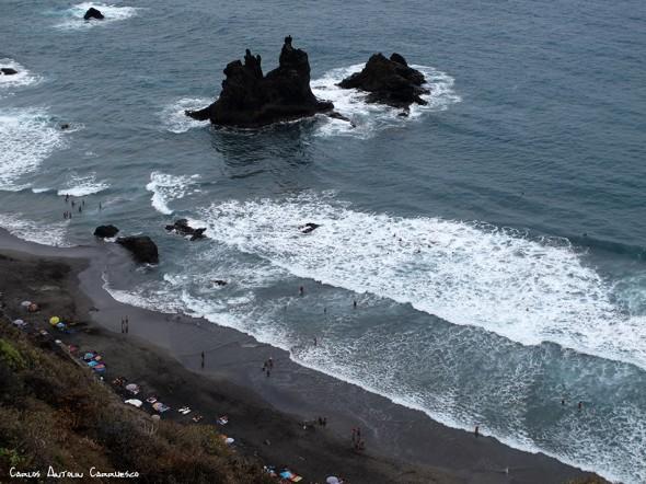 Anaga - pista al Draguillo - Tenerife - roques y playa de benijo