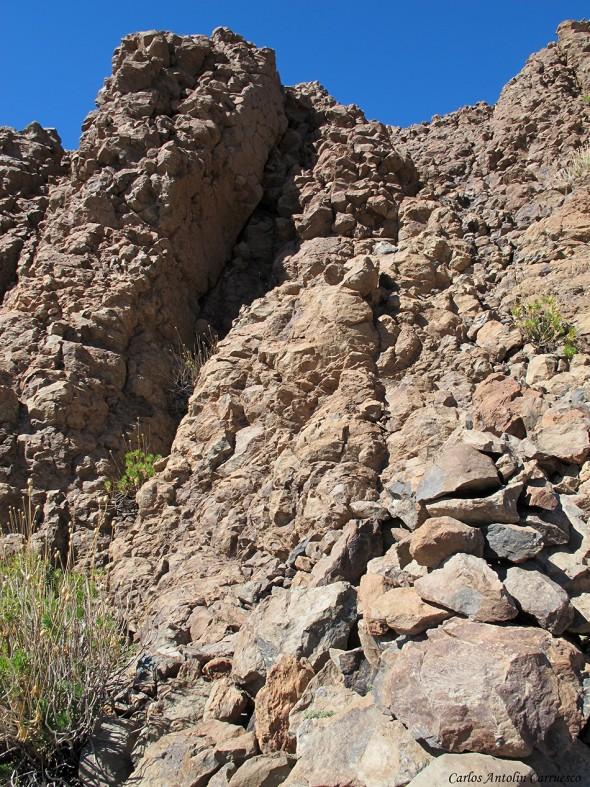 muros verticales de El Sombrero - P.N. del Teide - Tenerife