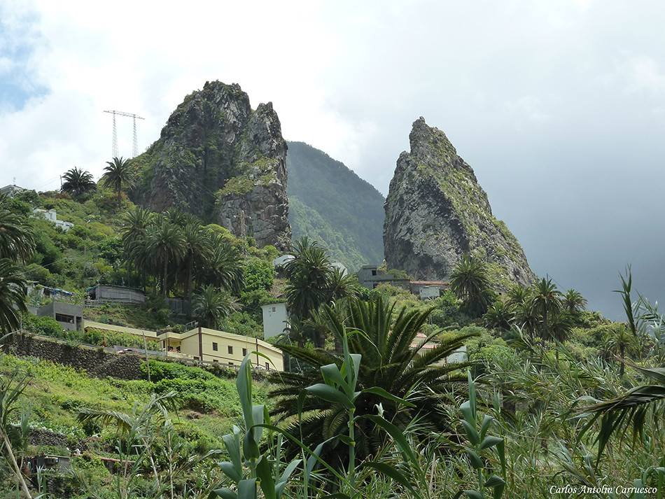 Roques de Hermigua - El Grande y El Chico - La Gomera