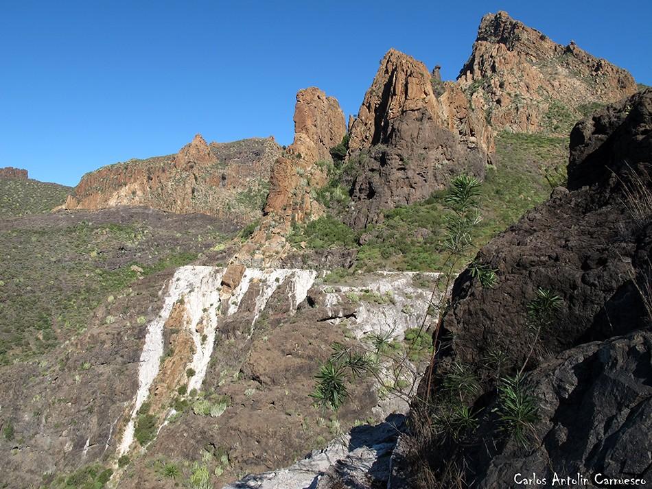 Barranco Seco - Tajea o Atarjea del Sauce - Tenerife - risco blanco