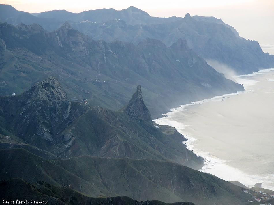 Cabezo del Tejo - Anaga - Tenerife - Roques de Enmedio y Las Ánimas - Taganana