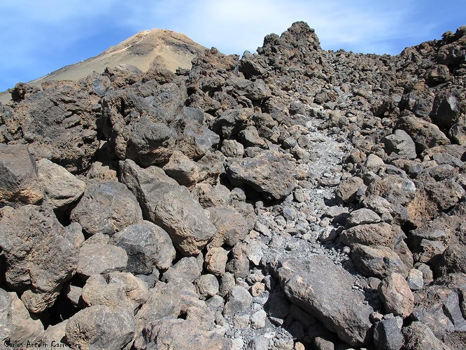Pico del Teide - Parque Nacional del Teide - Tenerife - bluetrail