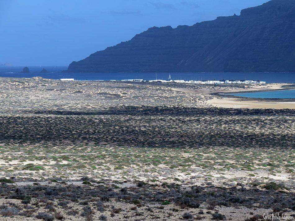 Isla de La Graciosa - Montaña Amarilla - Lanzarote - Acantilados de Famara - Caleta de Sebo