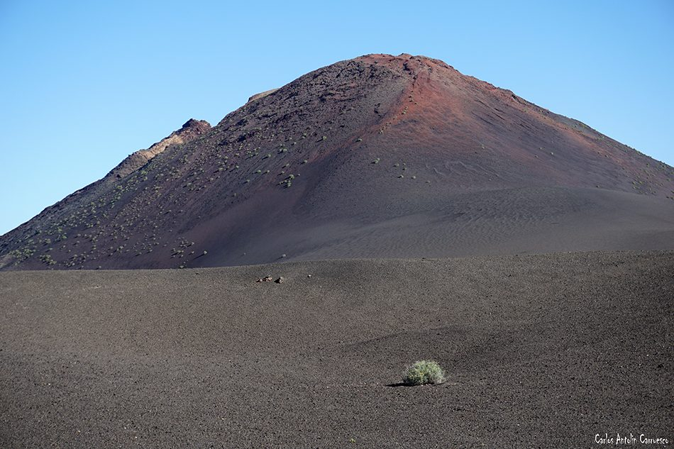 Ruta Termesana - Timanfaya - Lanzarote - montaña rajada