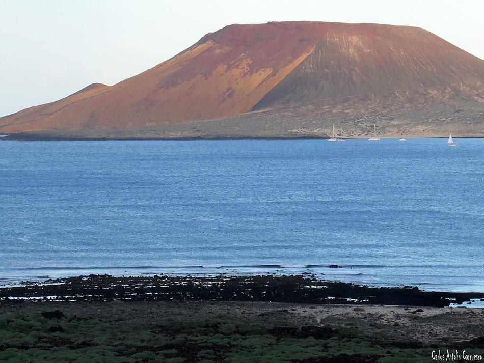 Playa del Risco - Montaña Amarilla - Lanzarote - Isla de La Graciosa