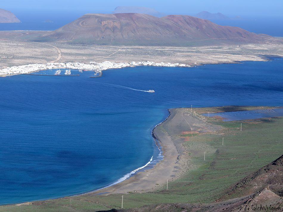 Playa del Risco - Risco de Famara - Lanzarote - Archipiélago Chinijo - Caleta de Sebo