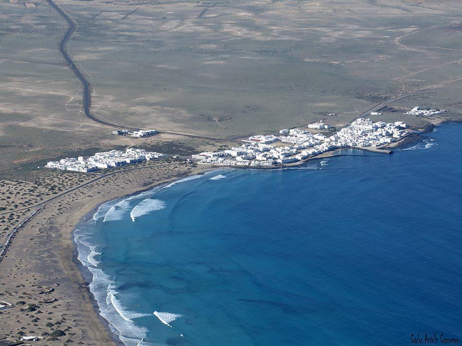 Peñas de Chache - Famara - Lanzarote - caleta de famara
