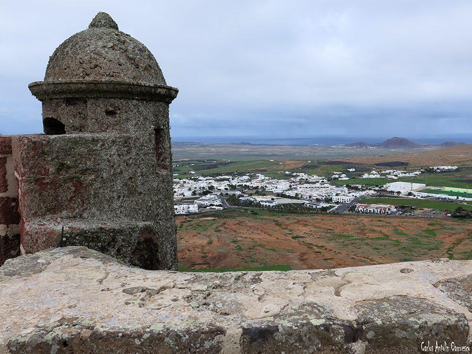 Castillo de Santa Barbara - Volcán de Guanapay - Teguise - Lanzarote