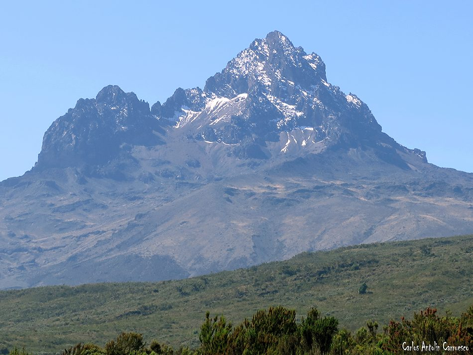 Simba Camp - Rongai - Volcán Mawenzi