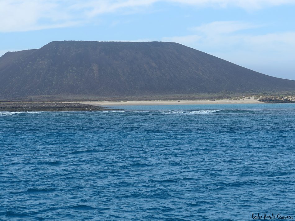 Islote de Lobos - La Caldera de la Montaña - Fuerteventura - playa de la calera