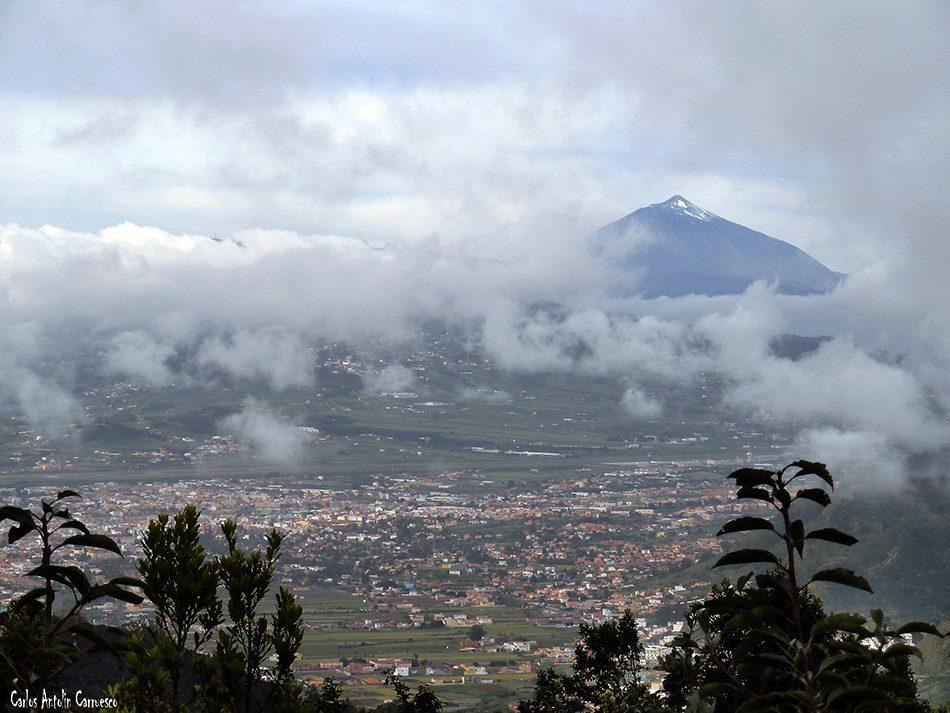 Mirador de Jardina - TF12 - Anaga - Tenerife - Valle de San Cristobal de La Laguna - Teide en el horizonte
