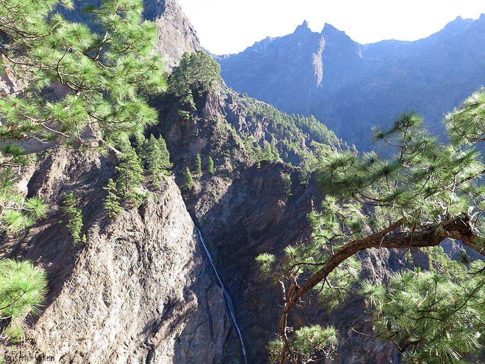 Parque Nacional de La Caldera de Taburiente - La Palma - Cascada de La Fondada