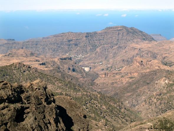 Degollada de Los Hornos - Gran Canaria - presa y embalse de soria