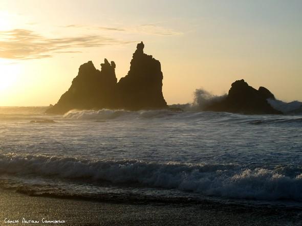 roques - playa de Benijo - Anaga - Tenerife<br/>puesta de sol