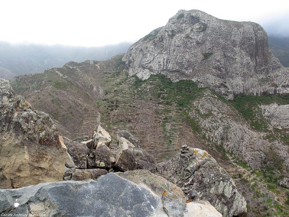 Roque de Las Ánimas - Anaga - Tenerife - roque de enmedio