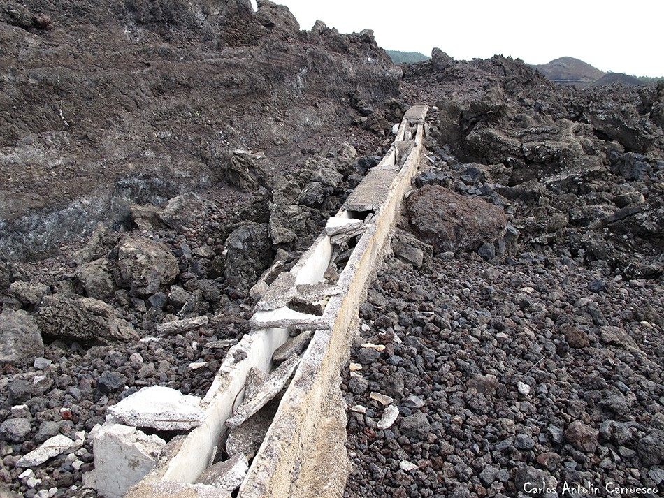 Ruta de los Almendros - Chinyero - Tenerife - Atarjea o tajea de agua