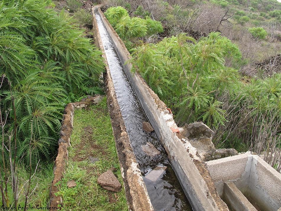 Ruta de los Almendros - Tenerife - Atarjea o tajea de agua