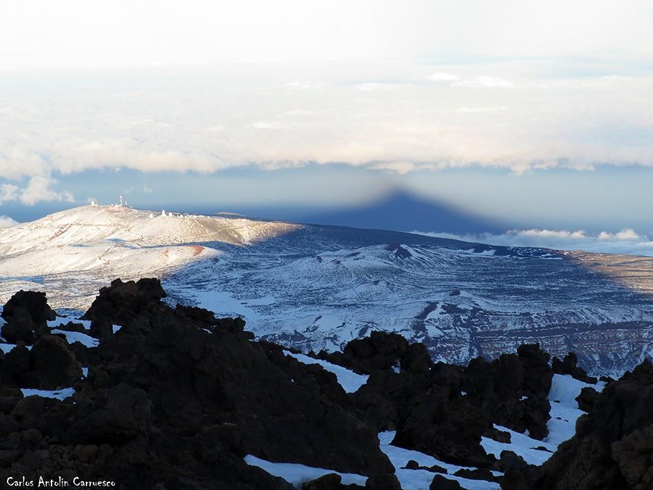 Parque Nacional del Teide - Tenerife - proyección del teide - sombra del teide