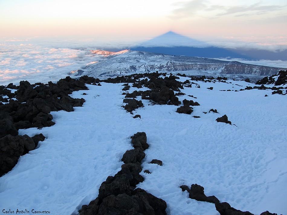Teide - Tenerife<br/>Proyección del Teide - Sombra del Teide