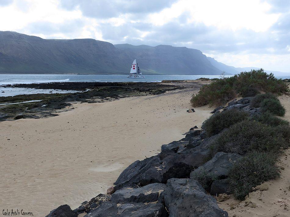 Isla de La Graciosa - Acantilados de Famara - Lanzarote