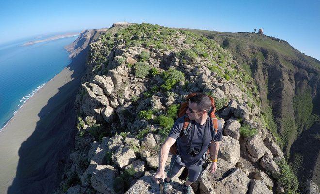 Playa De Famara Peñas De Chache Lanzarote Wildcanarias Senderismo Rutas Y Fotografías De Las Islas Canarias