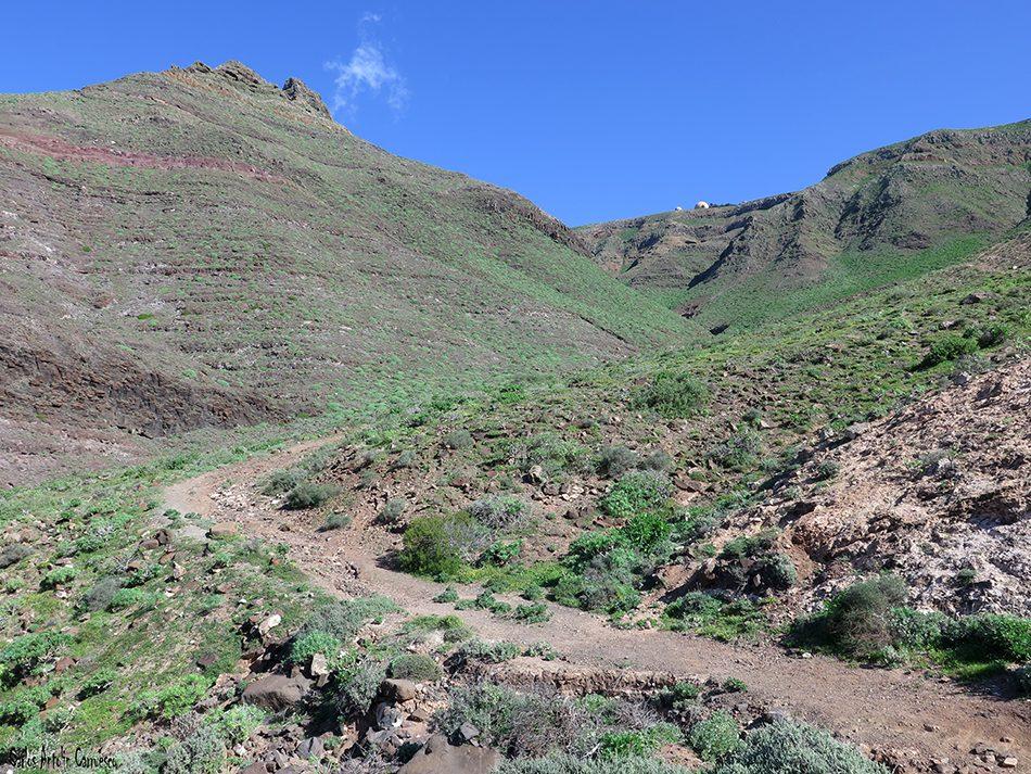 Barranco de La Paja - Famara - Lanzarote - Peñas de Chache