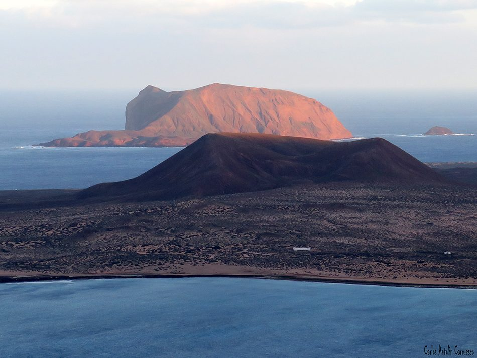 Isla de La Graciosa - Mirador de Guinate - Lanzarote - Archipiélago Chinijo - Montaña Clara - Roque del Oeste