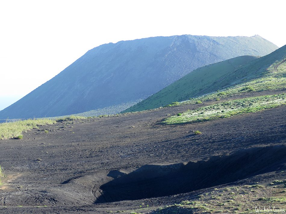 Camino de Gayo - Macizo de Famara - Lanzarote - La Corona