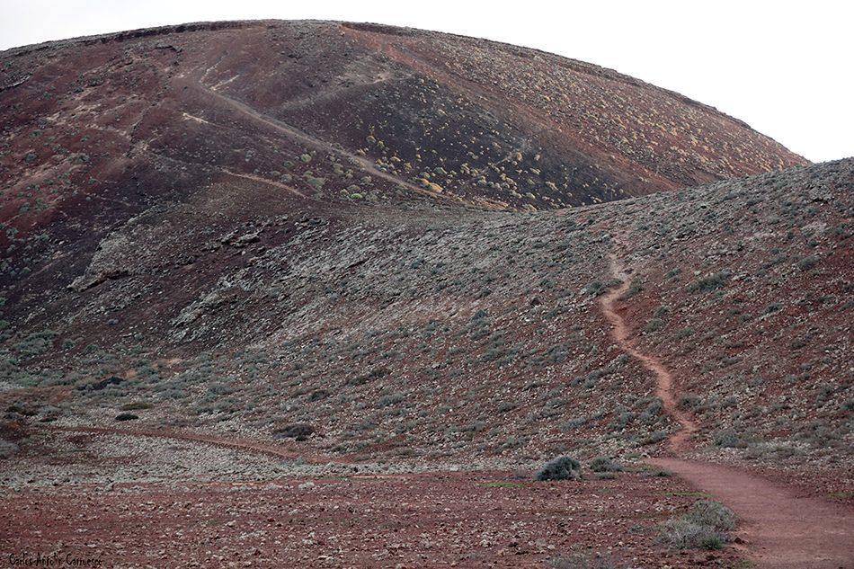 Lajares - Calderón Hondo - Fuerteventura - montaña colorada